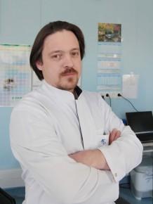 Заведующий отделением - к.м.н., врач-хирург Павел Васильевич Балахнин
