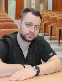 Заведующий отделением Владислав Маркович Гельфонд